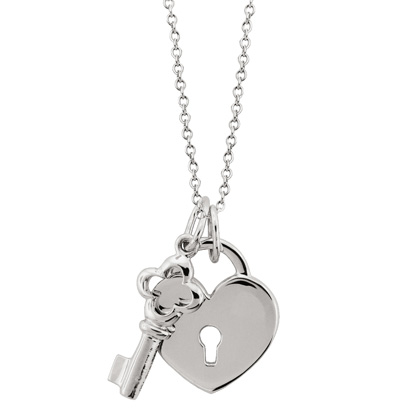 Carelles jewelry giveaway fashion trendsetter 7500 entries or more carelle will give away an 18k yellow gold and pave diamond heart and key pendant mozeypictures Images