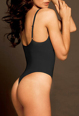 Body Wrap: Pin-up Shaping Thong Bodysuit with Underwire