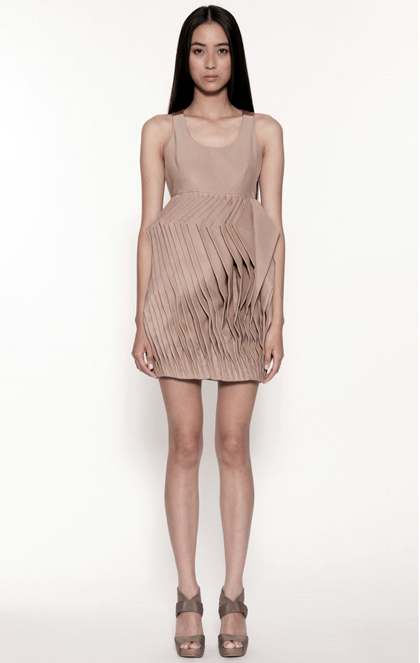 Mastering the Elegance of Minimalism: MASC Spring/Summer 2012 Womenswear