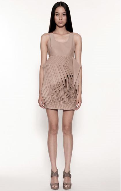 Mastering the Elegance of Minimalism: MASC Spring/Summer 2012 Womenswear