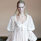 Paris Fashion Week Fall 2014: Alexander McQueen