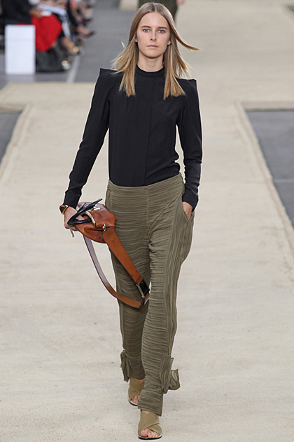 Paris Fashion Week Spring/Summer 2014 Coverage: Chloé