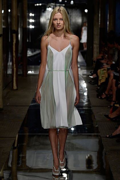 London Fashion Week Spring/Summer 2014 Coverage: Christopher Kane
