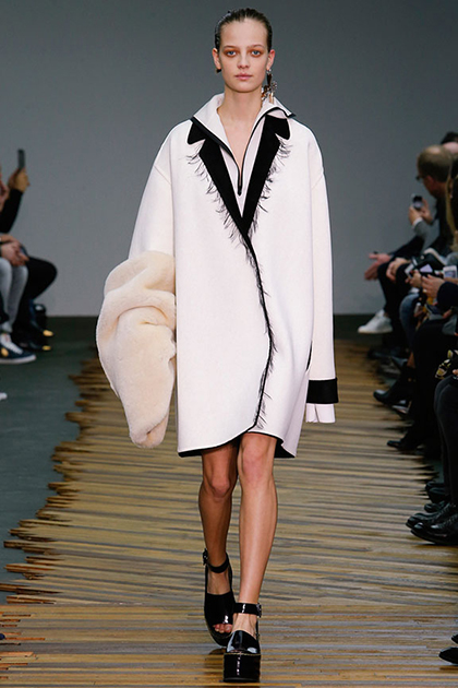 Paris Fashion Week Fall 2014: Celine