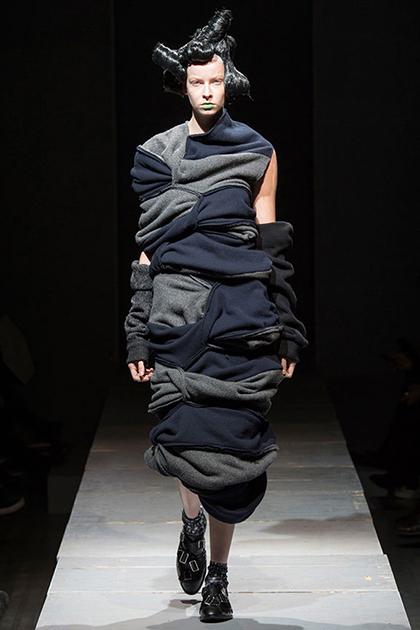 Paris Fashion Week Fall 2014: Comme des Garcons