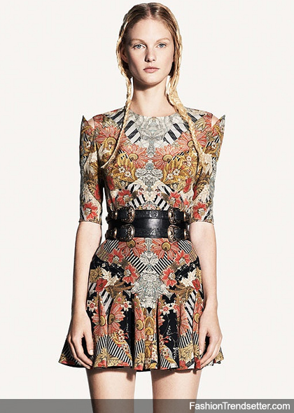 Experience the Alexander McQueen Spring/Summer 2011 Lookbook