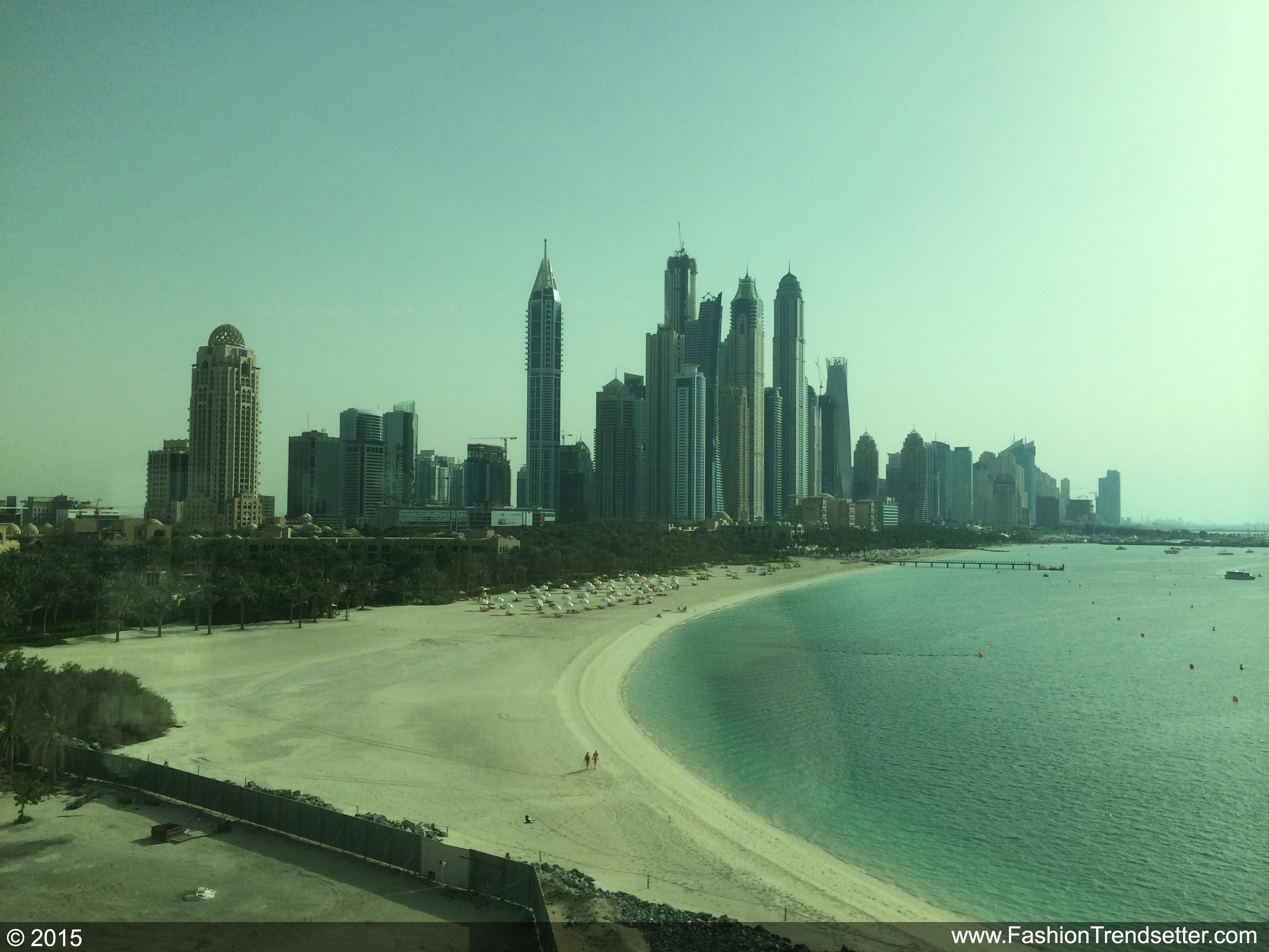 Fashion-Trendsetter-Dubai-Trip-Set-II-003