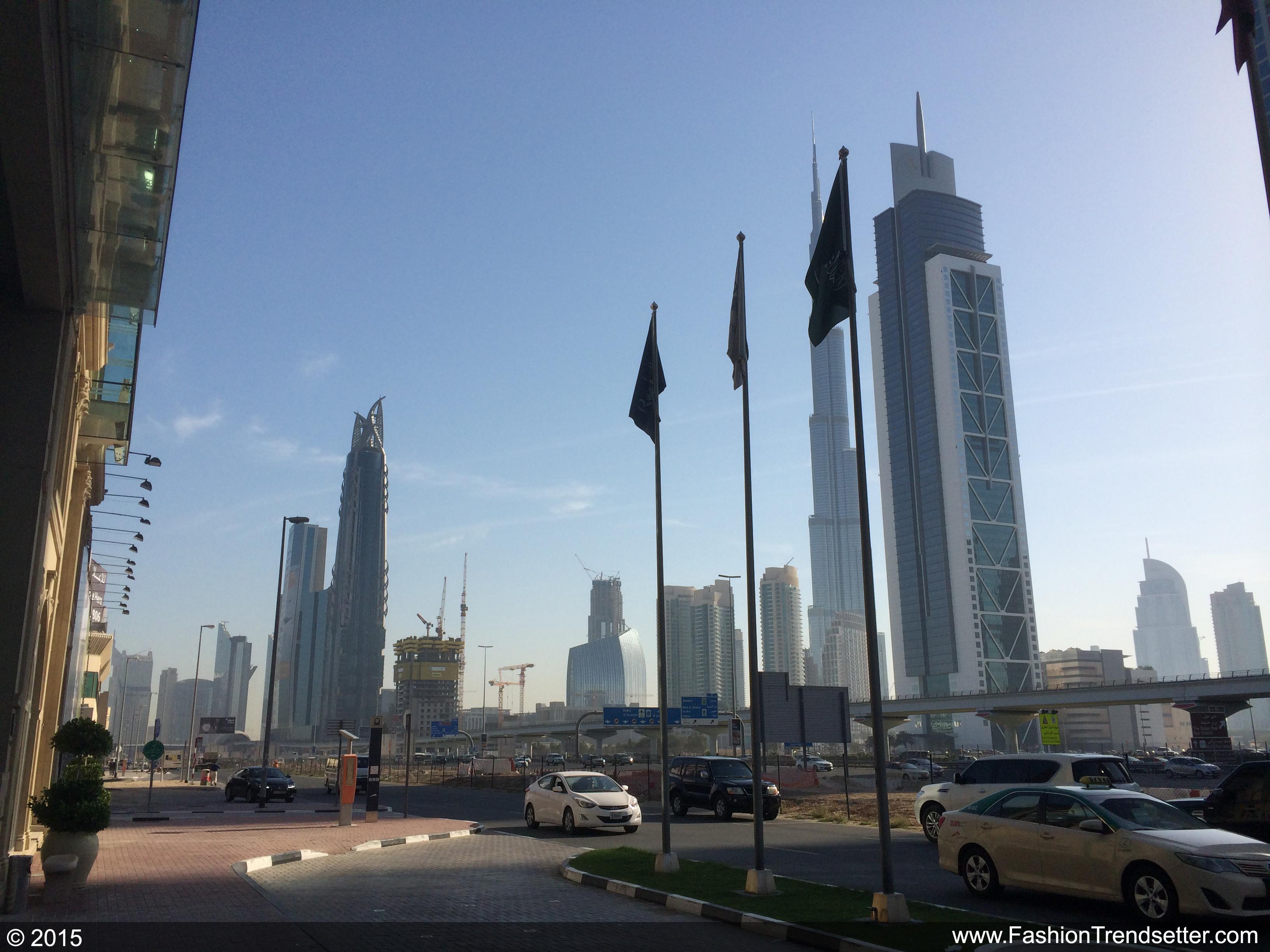 Fashion-Trendsetter-Dubai-Trip-Set-II-007