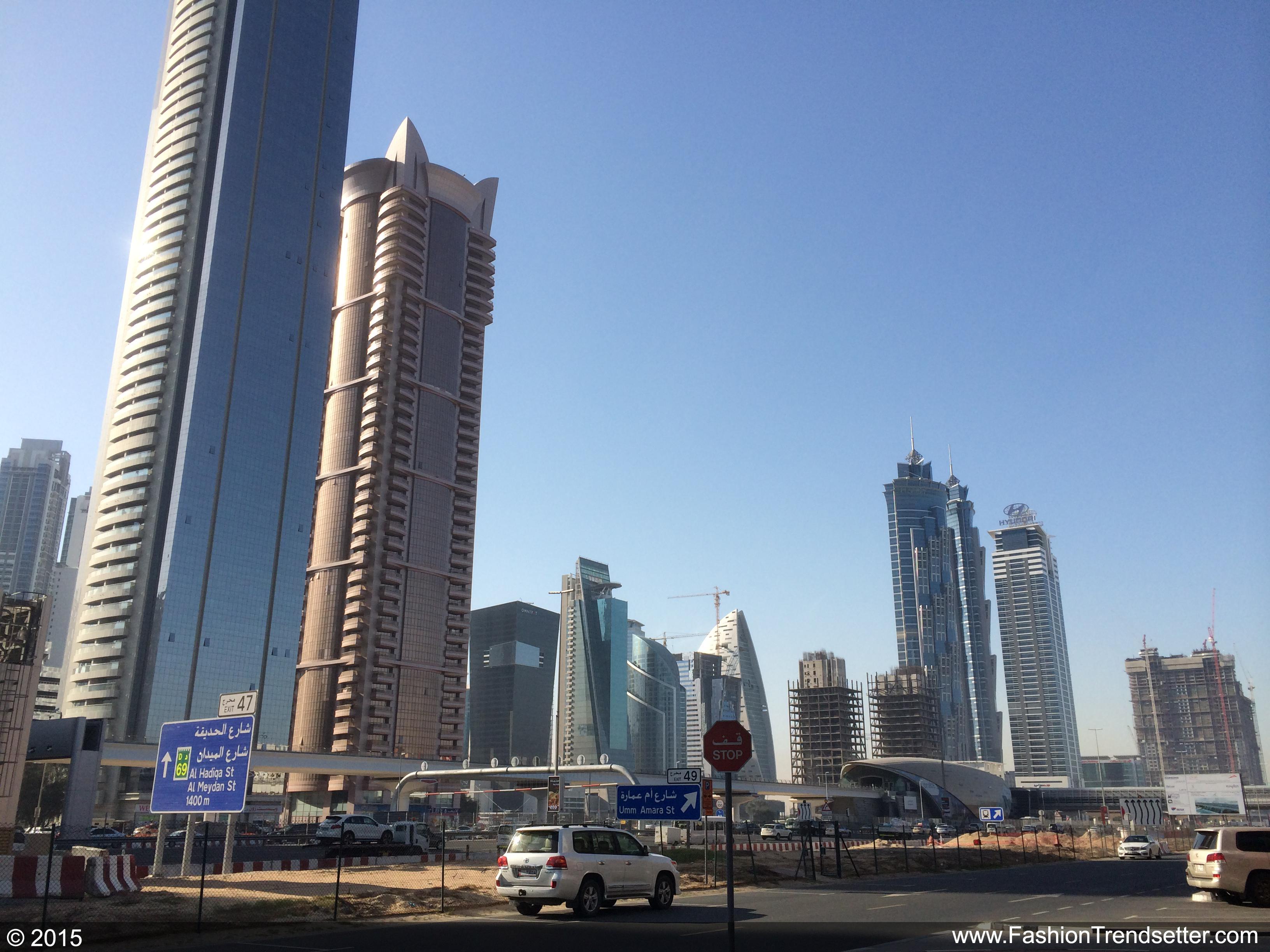 Fashion-Trendsetter-Dubai-Trip-Set-II-008