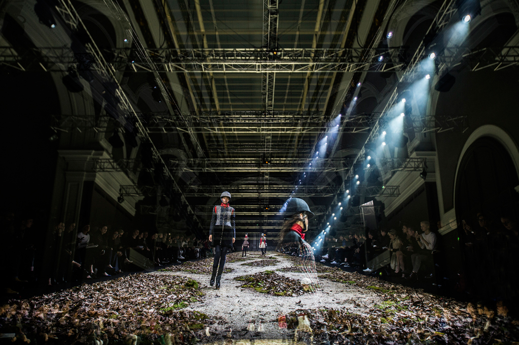 Moncler-Gamme-Rouge-AW-1516-01