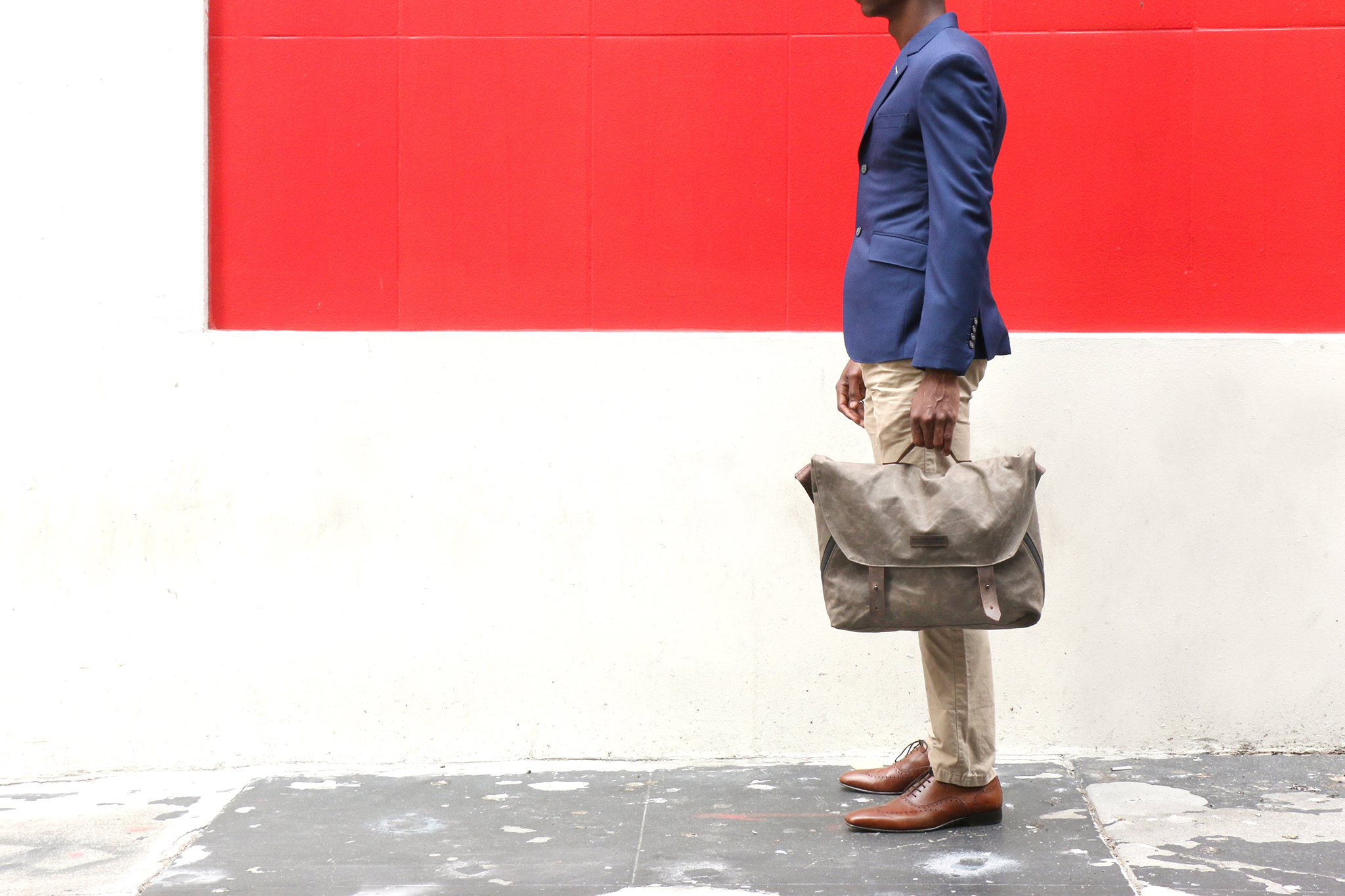 Vitesse-Messenger-briefcase-style