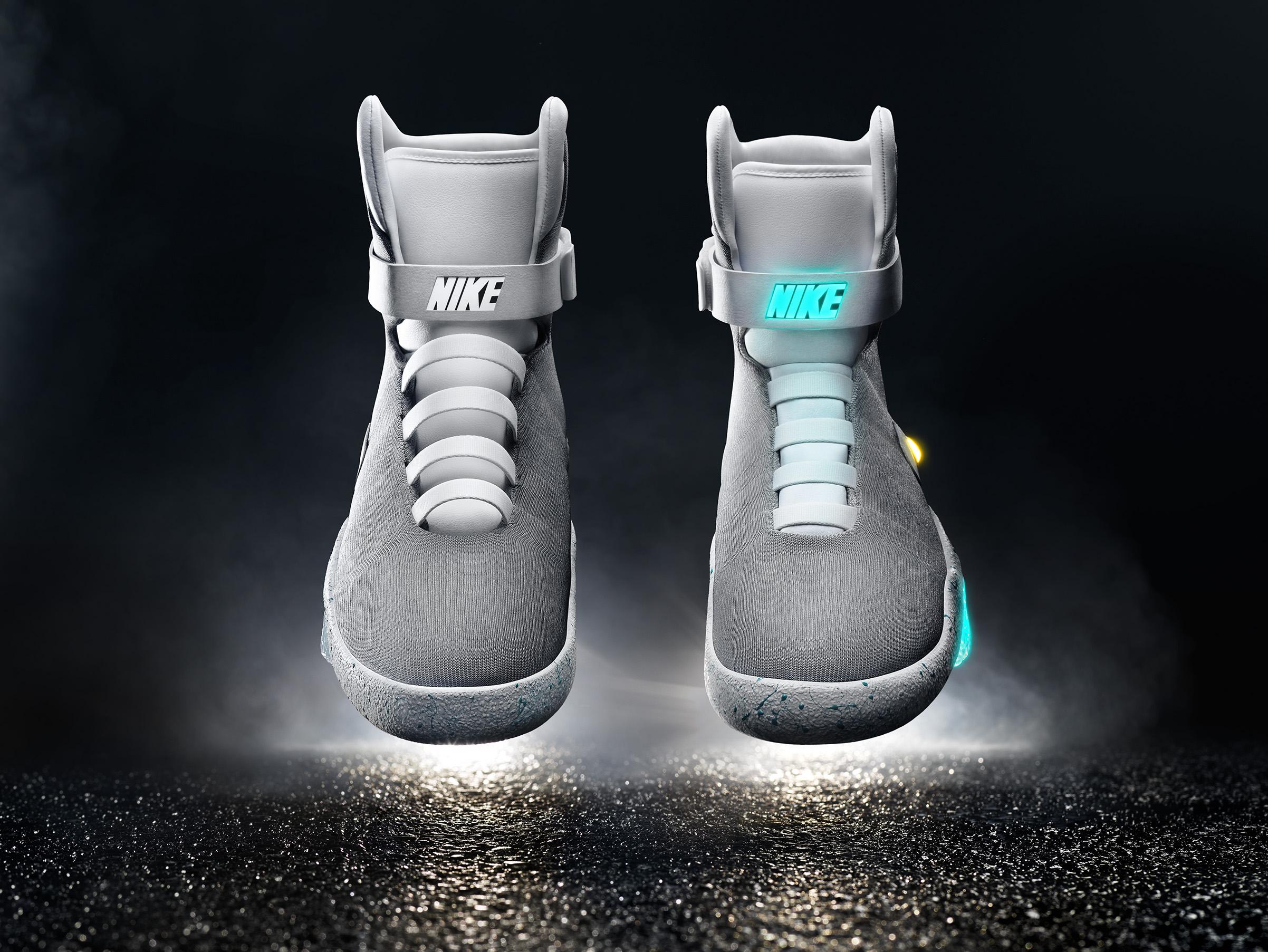 Nike-Mag-03