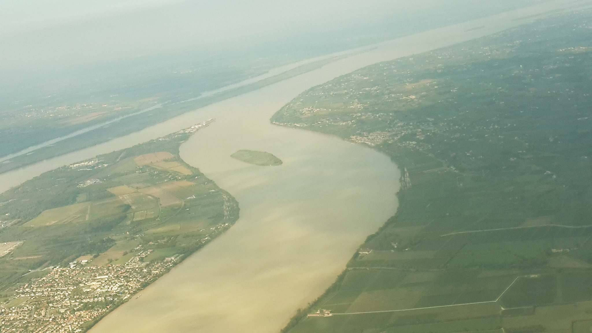 Bordeaux-France-Trip-Flight-02