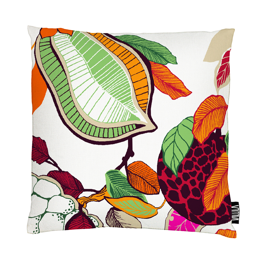 Vallila-SS16-Fruity-Pink-Cushion-01-Saara-Kurkela