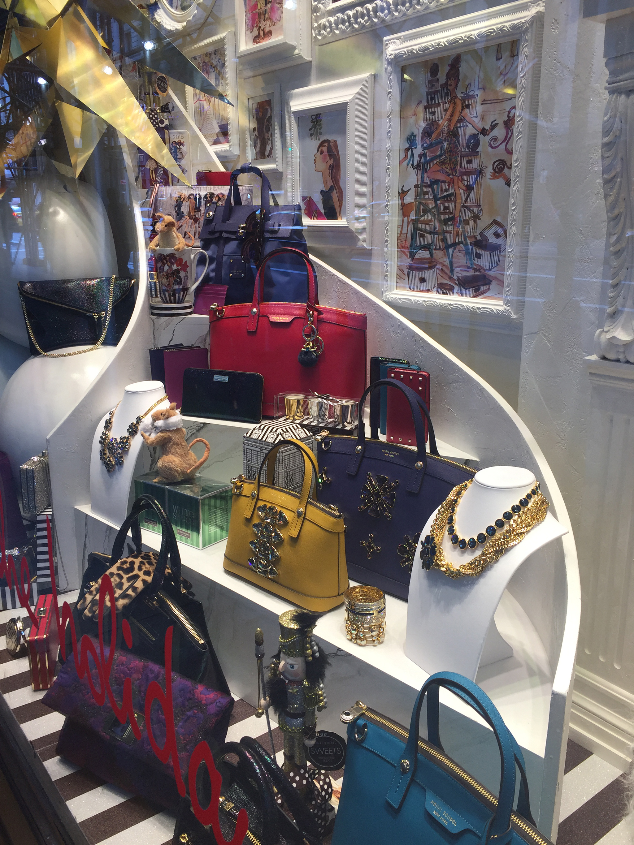 Henri-Bendel-Holiday-2015-06