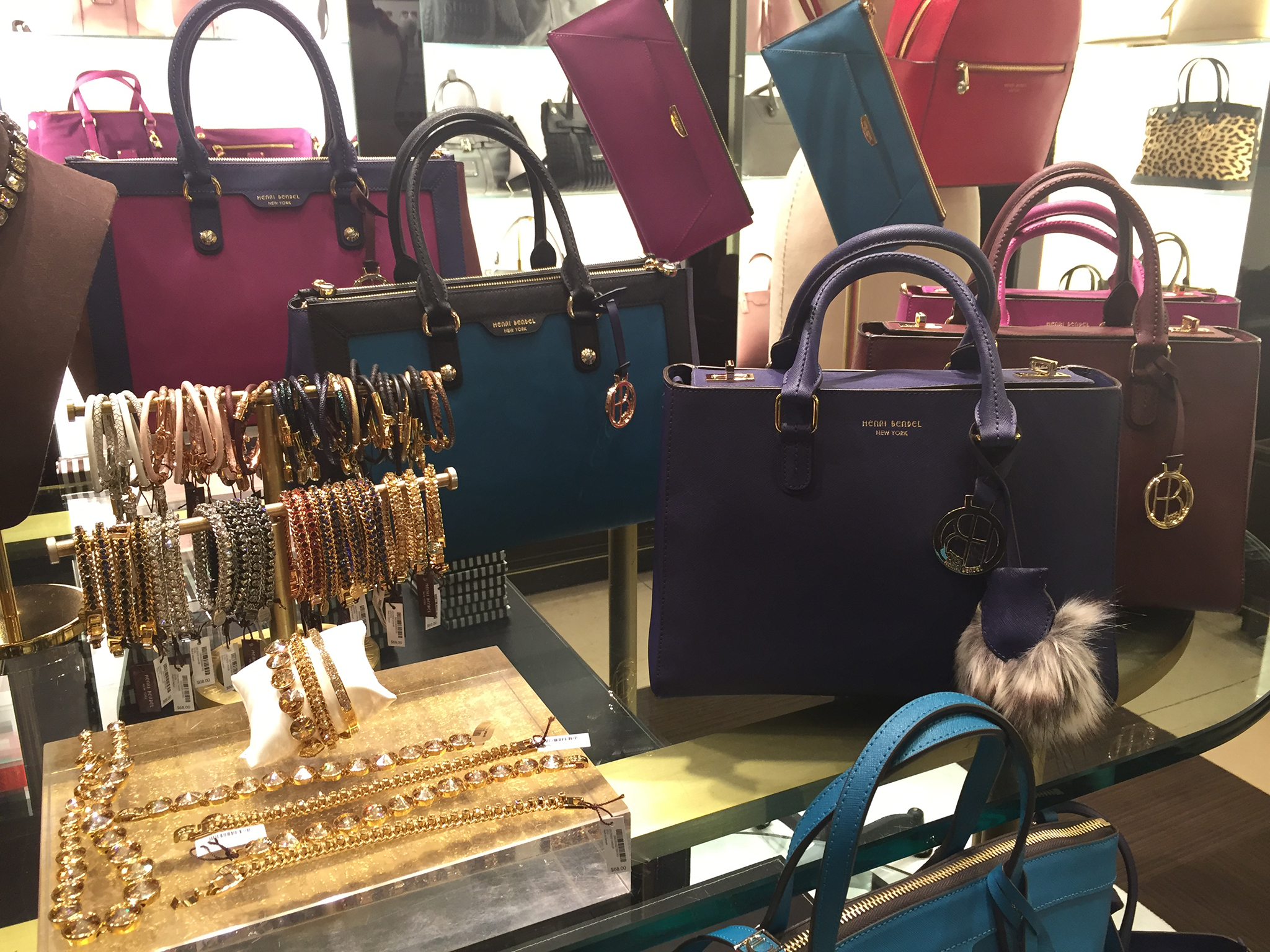 Henri-Bendel-Holiday-2015-19