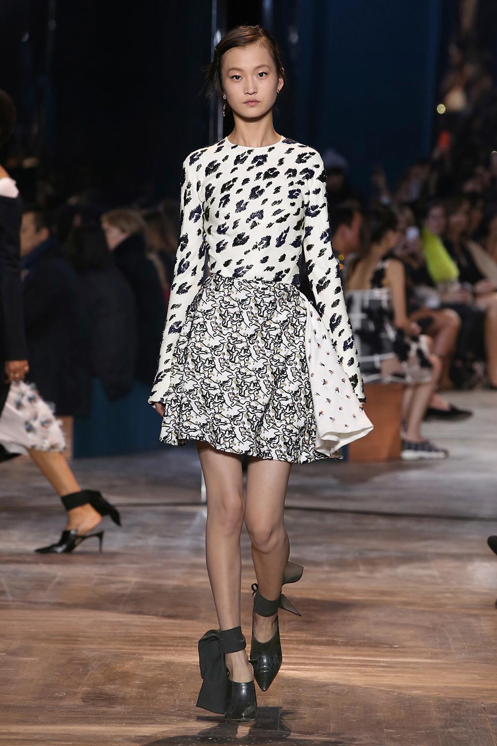 Dior-Couture-Silhouette-03