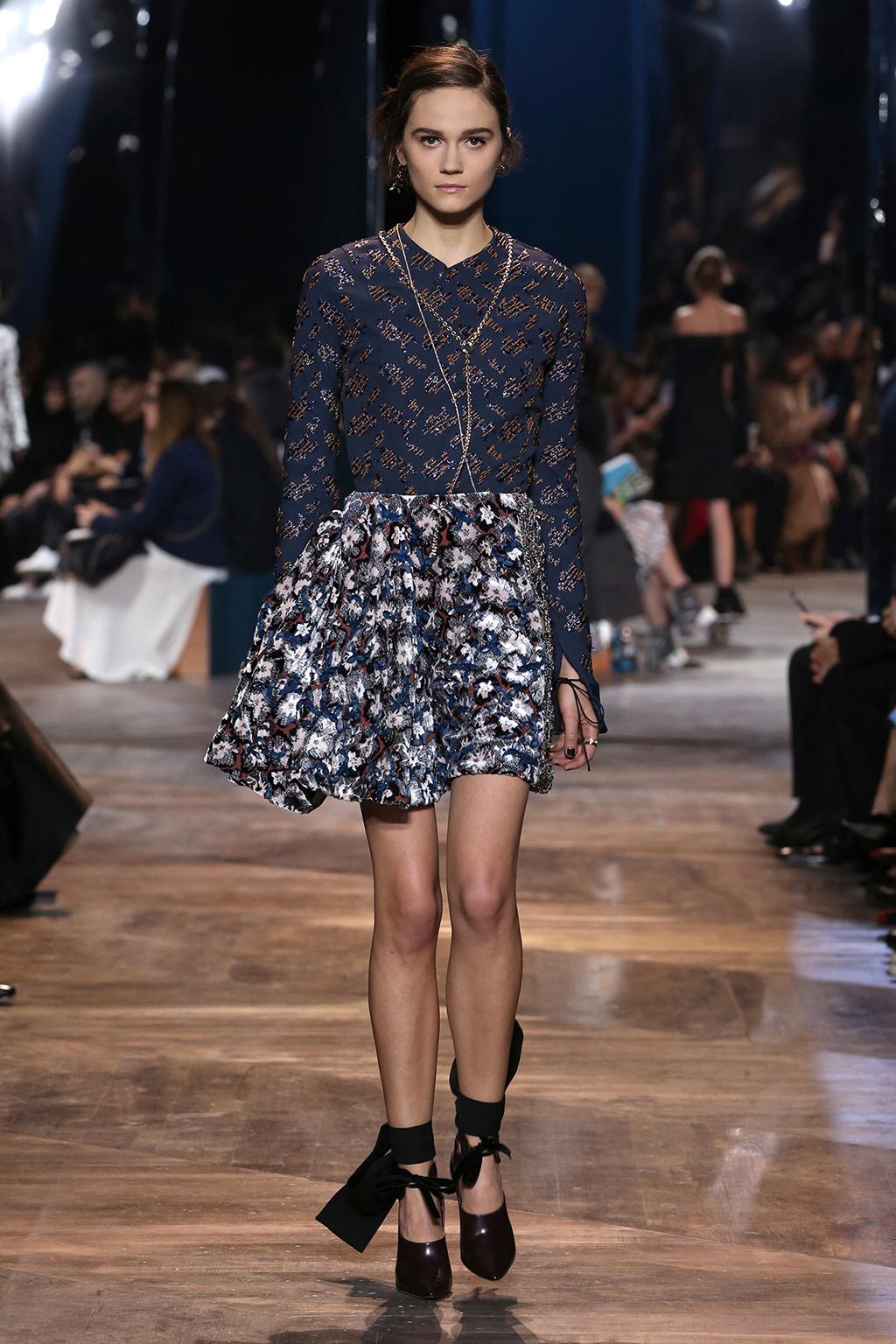 Dior-Couture-Silhouette-04