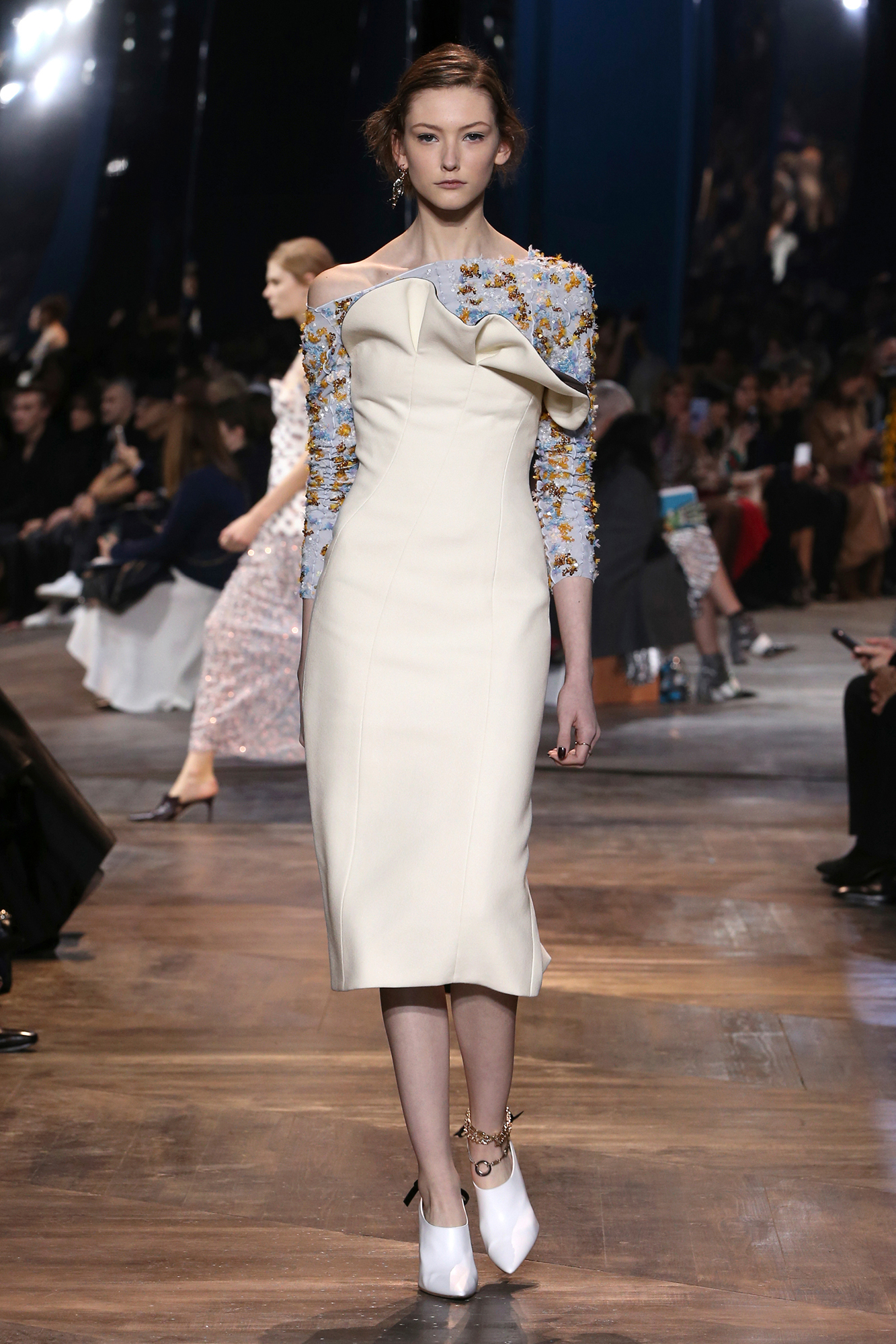 Dior spring summer 2016 haute couture collection fashion for Haute couture collection