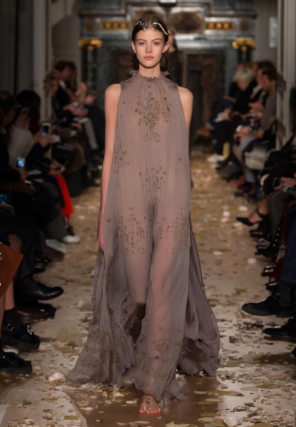 Look - Haute valentino couture spring video