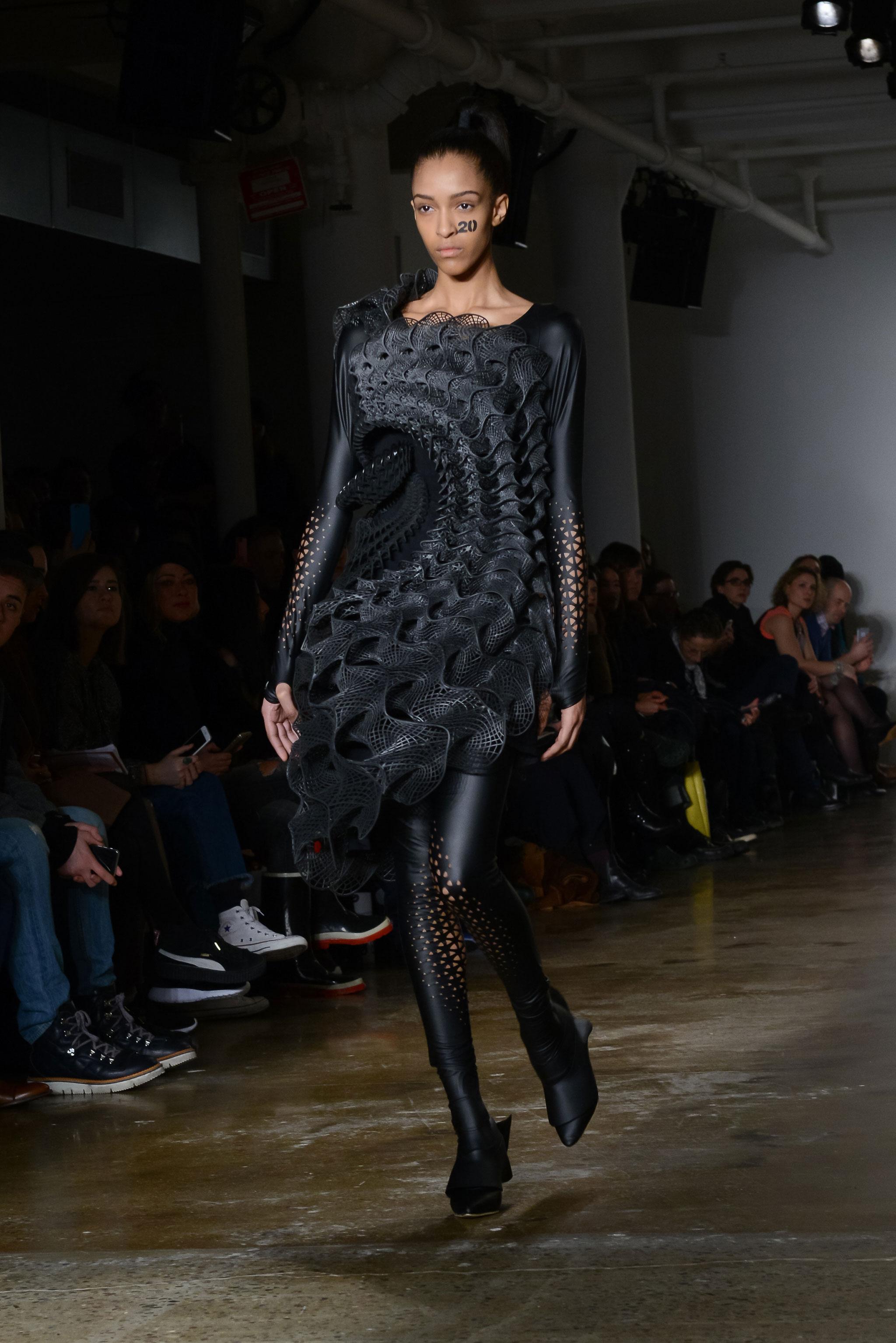 3D-Printed-threeASFOUR-Harmonograph-Dress