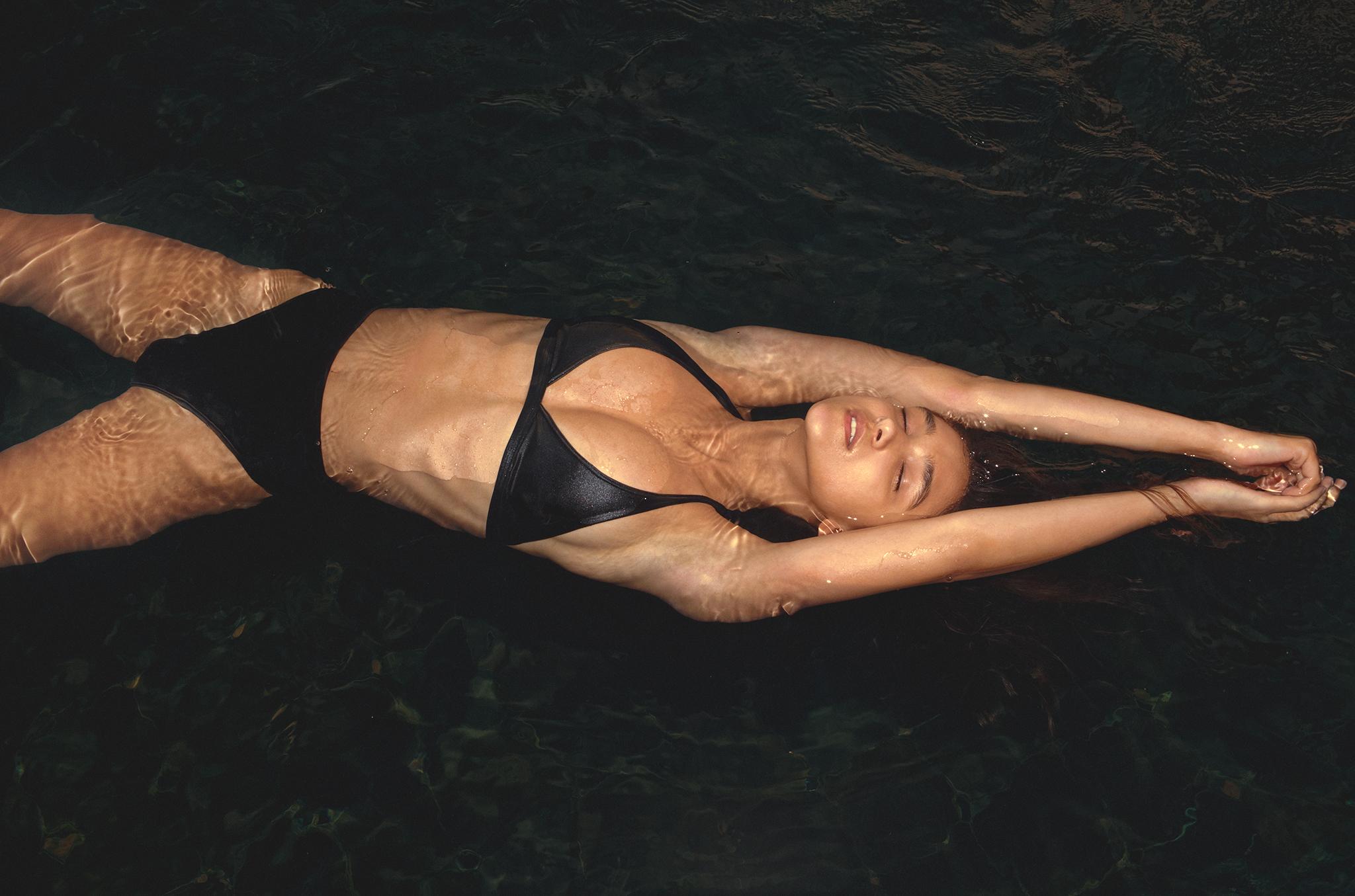 God-Save-Queens-Swimwear-SS16-23