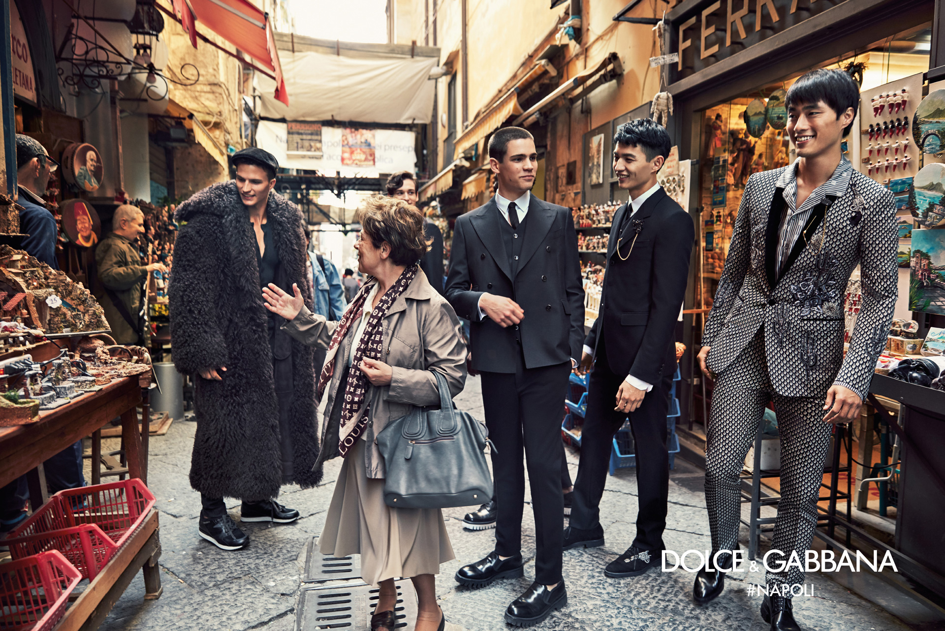 Dolce-Gabbana-Fall-Winter-2016-2017-Ad-Campaign-Naples-2