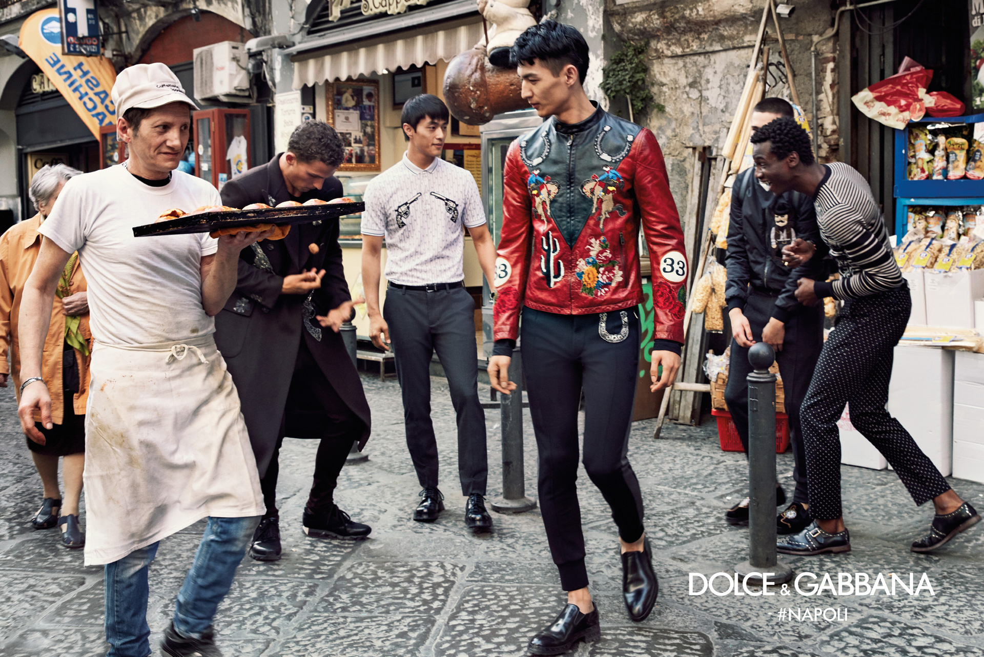 Dolce-Gabbana-Fall-Winter-2016-2017-Ad-Campaign-Naples-8