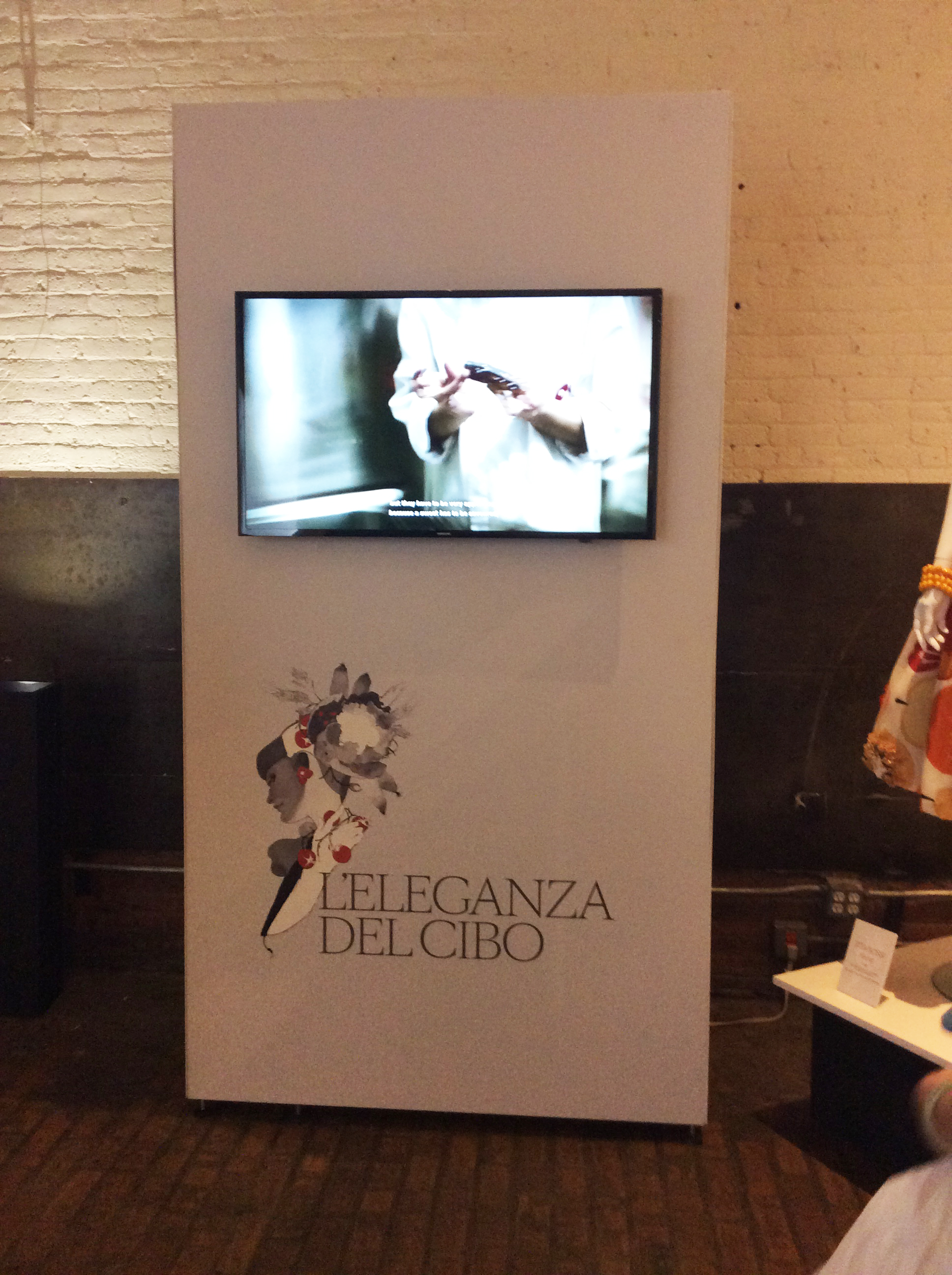 LEleganza-del-Cibo-Exhibition-Intro