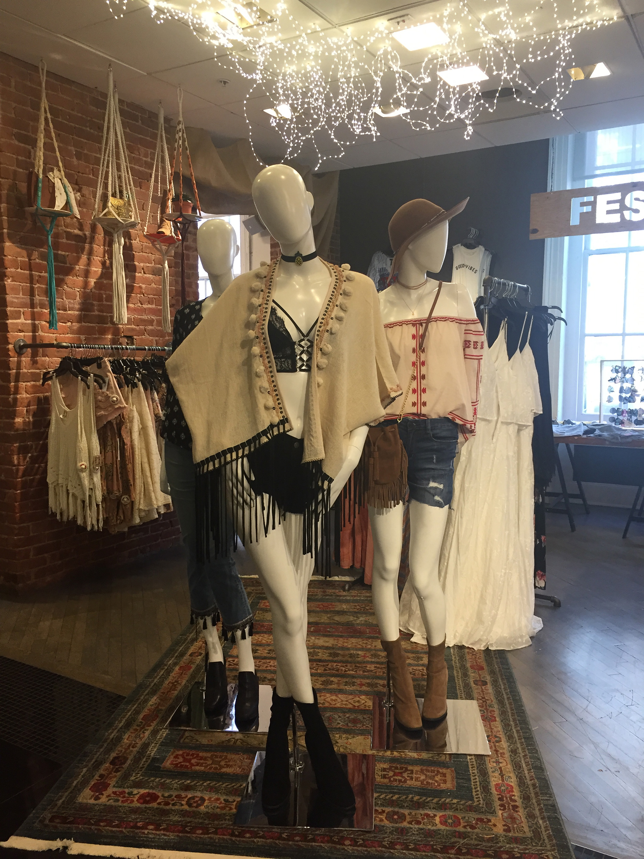 Festival Fashion In Store Trends At Bloomingdale S