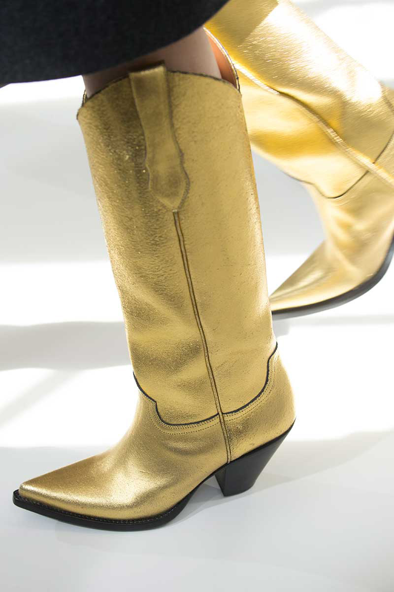Summer 2018 fashion trends: cowboy boots 95