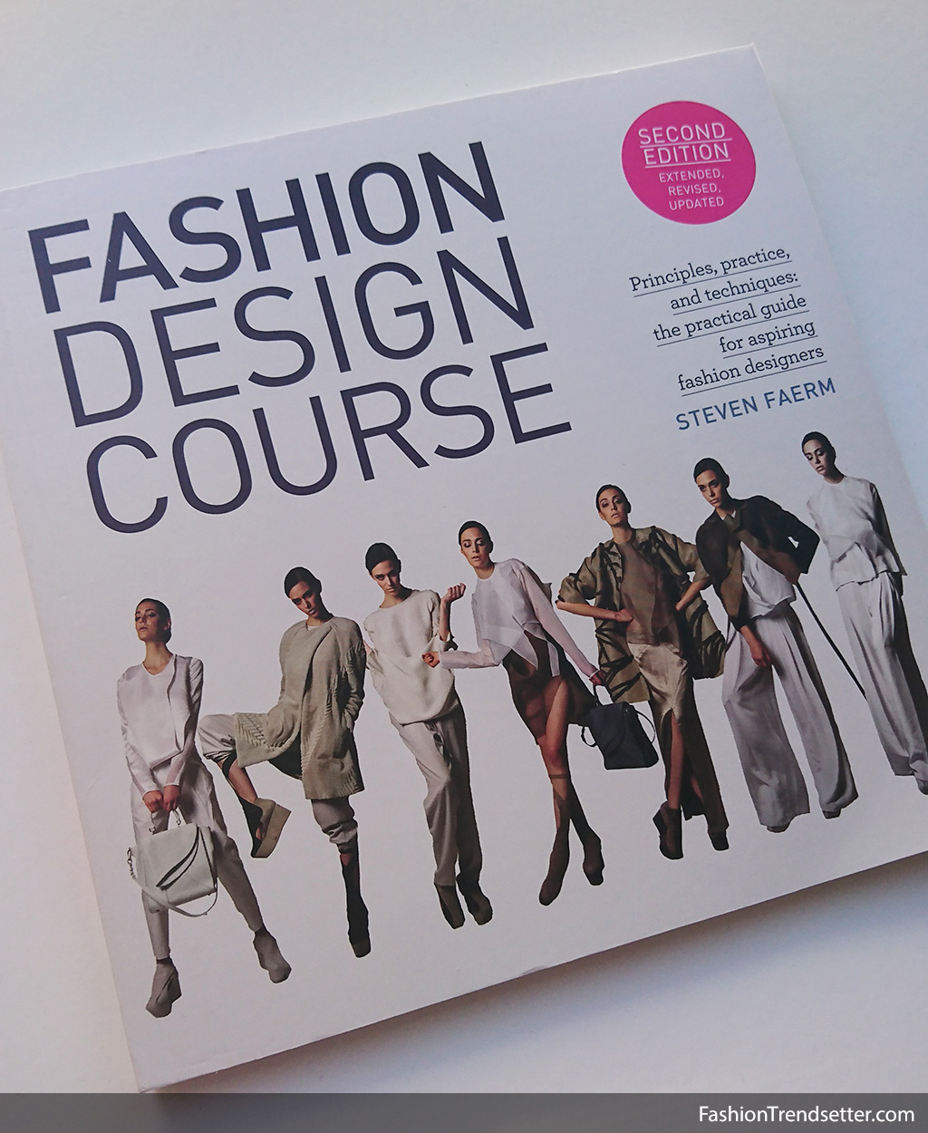 Book Fashion Design Course By Steven Faerm Fashion Trendsetter