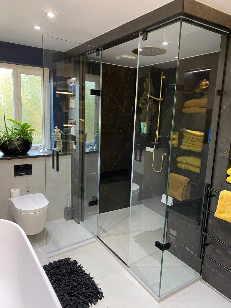 Matki Eauzone Plus Bespoke Shower and Steam Room Matt Black