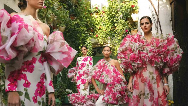 Juana Martín presented her SS21 collection « Cordoba, Heritage of Fashion » on January 27th during Paris Couture Fashion Week, inspired by the four places in Cordoba designated as World Heritage Sites by UNESCO.